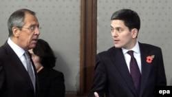 Сергей Лавров и Дэвид Милибэнд во время переговоров в Москве
