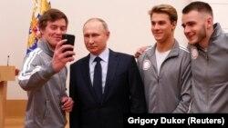 Владимир Путин во время встречи с олимпийскими атлетами из России, 31 января 2017 года.