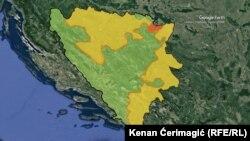 Bosznia és közigazgatási határai. A sárgával jelölt rész a Boszniai Szerb Köztársaság területét jelöli, a zöld a döntően bosnyákok és horvátok alkotta Bosznia-Hercegovinai Föderációiét. Pirossal a stratégiai jelentőségű és különleges jogállású Brčkói Körzet.
