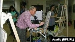 Мадияр Хаҗиев осталык дәресе бирә