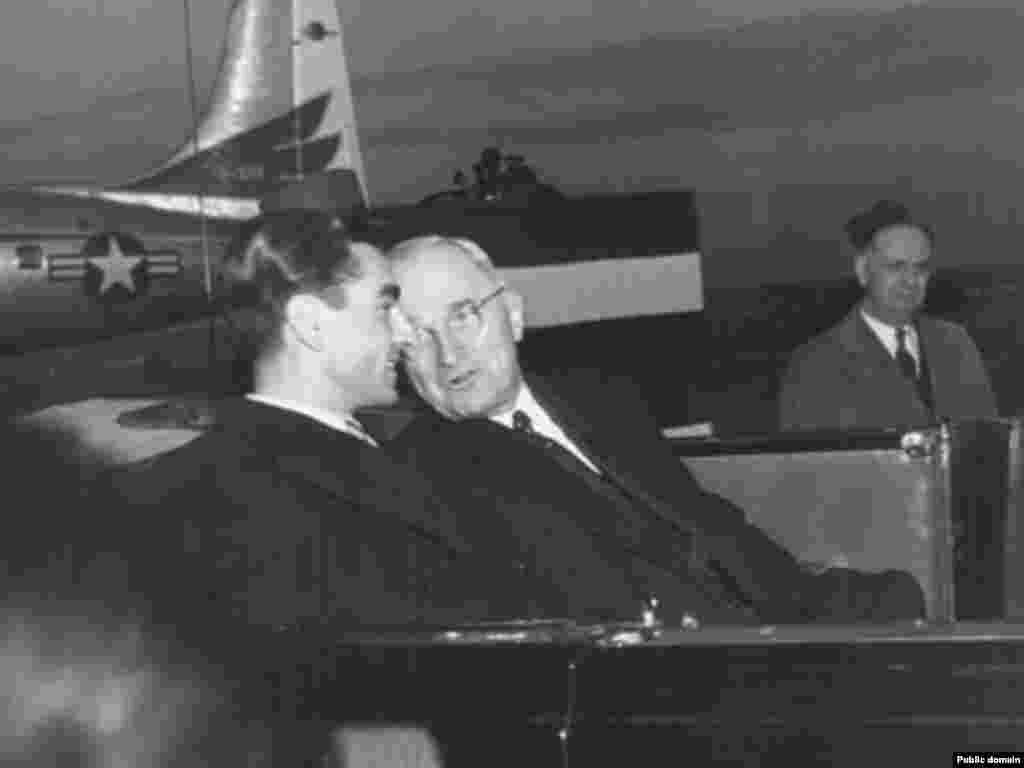 با هری ترومن،رئیسجمهوری پیشین آمریکا