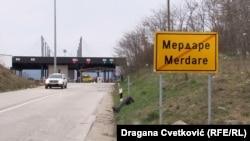 Pikëkalimi kufitar ndërmjet Kosovës dhe Serbisë në Merdare. Foto nga arkivi.