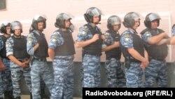 Беркут біля головного управління МВС, Київ, 15 липня 2013 року