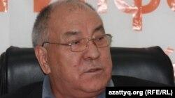 Қазақстан коммунистік партиясының жетекшісі Ғазиз Алдамжаров. Алматы, 13 қазан 2011 жыл.