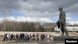 Мемориал в Хатыни (Белоруссия)