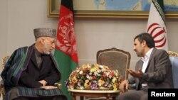 Presidenti i Afganistanit, Hamid Karzai, dhe ai i Iranit, Mahmud Ahmadinexhad - foto arkivi.