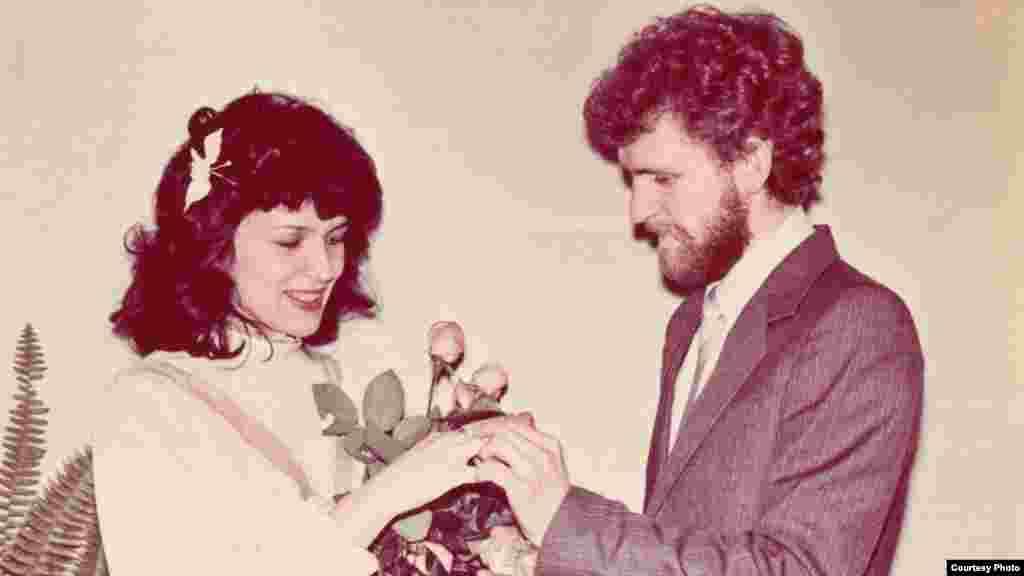 Шлюб Натальлі Пінчук і Алеся Бяляцкага. Менск, 1987 г.