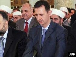 Башар Асад на праздничной молитве, Дамаск, 30 августа 2011