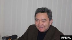 Профессор А.Асанканов