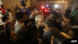 Один из вернувшихся домой ливанцев, побывавших в плену в Сирии. Бейрут, 19 октября 2013 года.