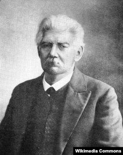 Василий Васильевич Радлов (Wilhelm Radloff), немис тектүү орусиялык түрколог, академик.