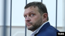 Никита Белых в Басманном суде Москвы, 25 июня 2016 года