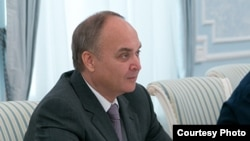 Orsýetiň goranmak ministriniň orunbasary Anatoliý Antonow