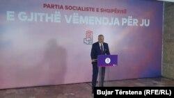 Kryeministri Edi Rama në konferencë për media