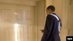 Predsednik Obama prvog radnog dana u Beloj kući