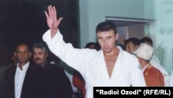 Парвиз Собиров, паҳлавони тоҷик.