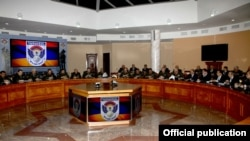 Armenia - Senior military officials hold a meeting at the Armenian Ministry of Defense in Yerevan, 8Jan2015
