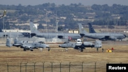 Avioane americane la baza de la Incirlik