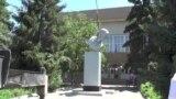 Алматы облысында Калининнің екі ескерткішін құлатты