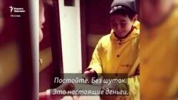 Курьер стал студентом европейского вуза - добрая история кыргызстанца