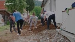Volonteri pomažu Srebrenici