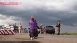 Блокпосты в зоне АТО: километровые очереди и коррупция
