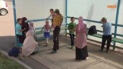Две многодетные семьи просят гражданство России