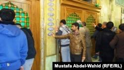 ضريح الامام الحسين في كربلاء (من الارشيف)