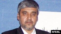 سانچارکی: مسئول گفتوگو در باره تطبیق توافقنامه سیاسی با رئیس جمهور، عبدالله عبدالله است.