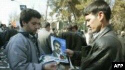 وزیر کشور:« اگر اتفاق خاصی نيفتد، تا ظهر سه شنبه، ۲۸ آذر نتايج نهايی انتخابات شورای تهران اعلام خواهد شد.»