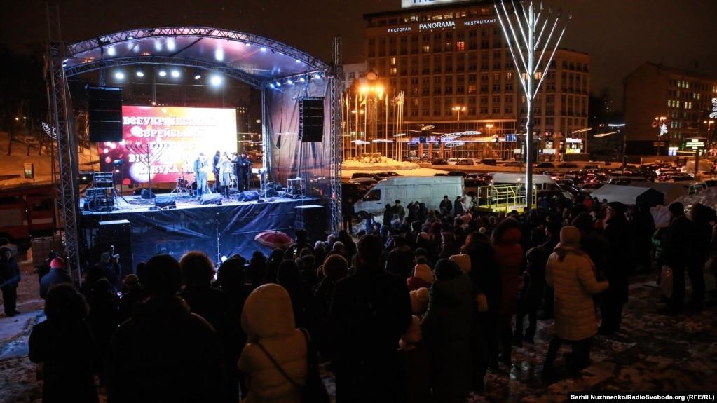 Сцена на Європейській площі