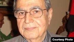 امیرهوشنگ کشاورز صدر، از کوشندگان دیرین جبهه ملی ایران.