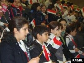 أطفال عراقيون يحتفلون بيومهم في بغداد
