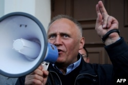 Mikalay Statkevich was among the opposition figures released from prison in August.