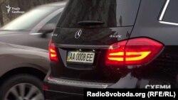 Автомобіль, зареєстрований на Леоніда Крючкова