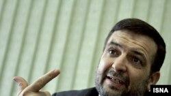 The Iranian ambassador to Iraq, Hassan Kazemi Qomi, said an Iraqi national unity government should include minority Sunni Muslims.