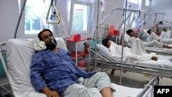 Pamje e të plagosurve nga sulmi i 3 tetorit në një spital në Kunduz të Afganistanit