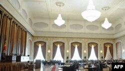 Sala de şedinţe în plen a Parlamentului