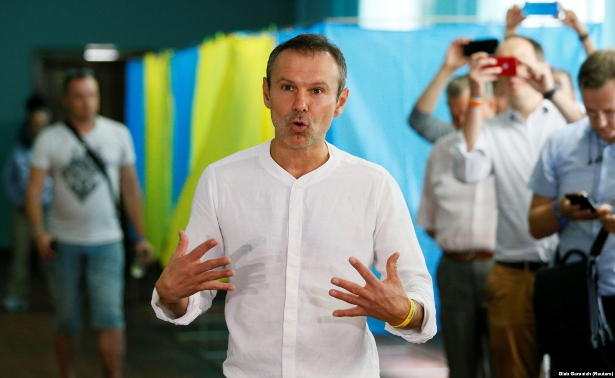 На округе во Львове, к которому имел претензии Вакарчук, побеждает выдвиженка от «Голоса»