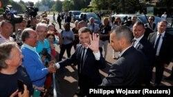 Президент Франции Эммануэль Макрон после голосования во втором туре парламентских выборов, 18 июня 2017 года