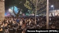 Намойишлар пайтида 20 норози ва 40 полициячи жабрланган.