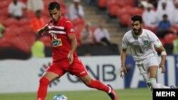 علی علیپور، بازیکن بدون حاشیه پرسپولیس در ماههای اخیر، با فرار در عمق و در مصافی تک به تک موفق شد دروازه الاهلی را باز کند.