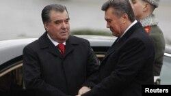 На этой неделе Таджикистан посетит президент Украины Виктор Янукович, который проведет переговоры с президентом Эмомали Рахмоном