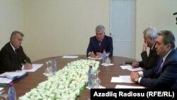 Министр транспорта Азербайджана Зия Мамедов ведет приеме граждан в Губе