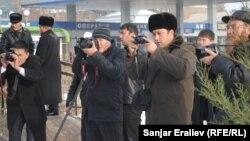 Кыргызстандык журналисттер. Ош шаары, 2013-жыл.