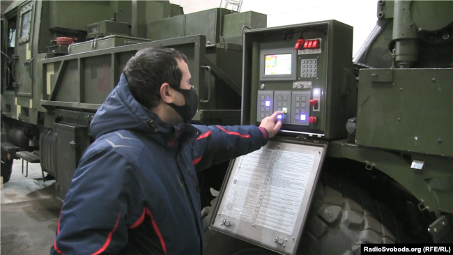 САУ «Богдана» у збиральному цеху Краматорського заводу важкого верстатобудування