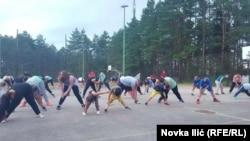 Serbiyada köklükdən əziyyət çəkən uşaqlar xüsusi tibbi düşərgələrə cəlb olunur