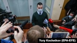 Aleksei Navalny's attorney Vyacheslav Gimadi told reporters that the March 22 ruling will be appealed. (file photo)
