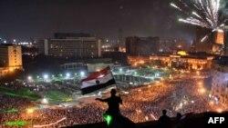 Демонстранты на площади Тахрир в центре Каира, 7 июля 2013 года