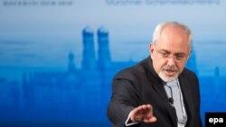 Իրանի ԱԳ նախարար Մոհամադ Ջավադ Զարիֆը Մյունխենում անվտանգության հարցերով համաժողովի շրջանակներում պատասխանում է հարցերին, 2-ը փետրվարի, 2014թ․
